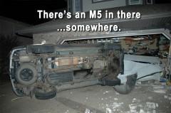 BMW M5 avarija