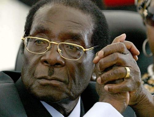 Robert Mugabe, Zimbabvės absoliutus valdovas