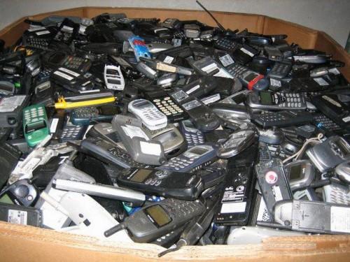 Seni mobilūs telefonai