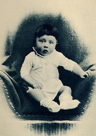 Adolfas Hitleris kūdikystėje
