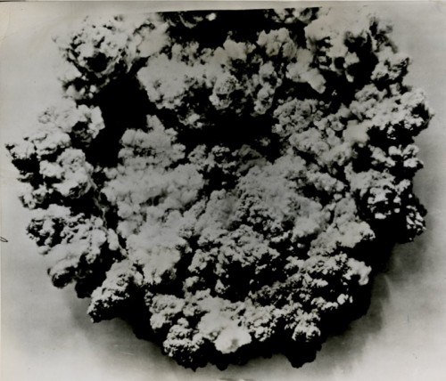 Atominis sprogimas iš virškaus, 1946 metai