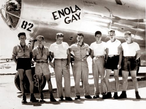 Enola Gay lėktuvas ir jo komanda