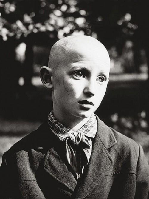 Antanas Sutkus, aklas pionierius