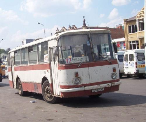 LAZ-695n