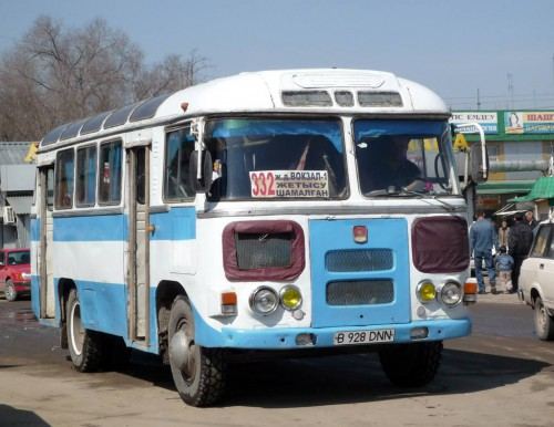 PAZ-672