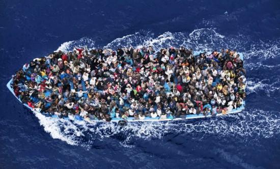 Daug jų, daug. Ir vardan to, kad pakliūtų į Europą, jie pasiryžę aukoti savo gyvybes.