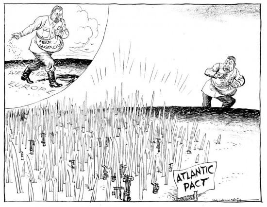 Kažkada NATO įsikūrė, kai Vakarų pasaulis aiškiai pamatė Stalino pamišėlišką norą užgrobti viską. Putino pamišėliški norai gana panašūs. Taigi, nors ir lėtokai, NATO Europoje vėl auga ir stiprėja.