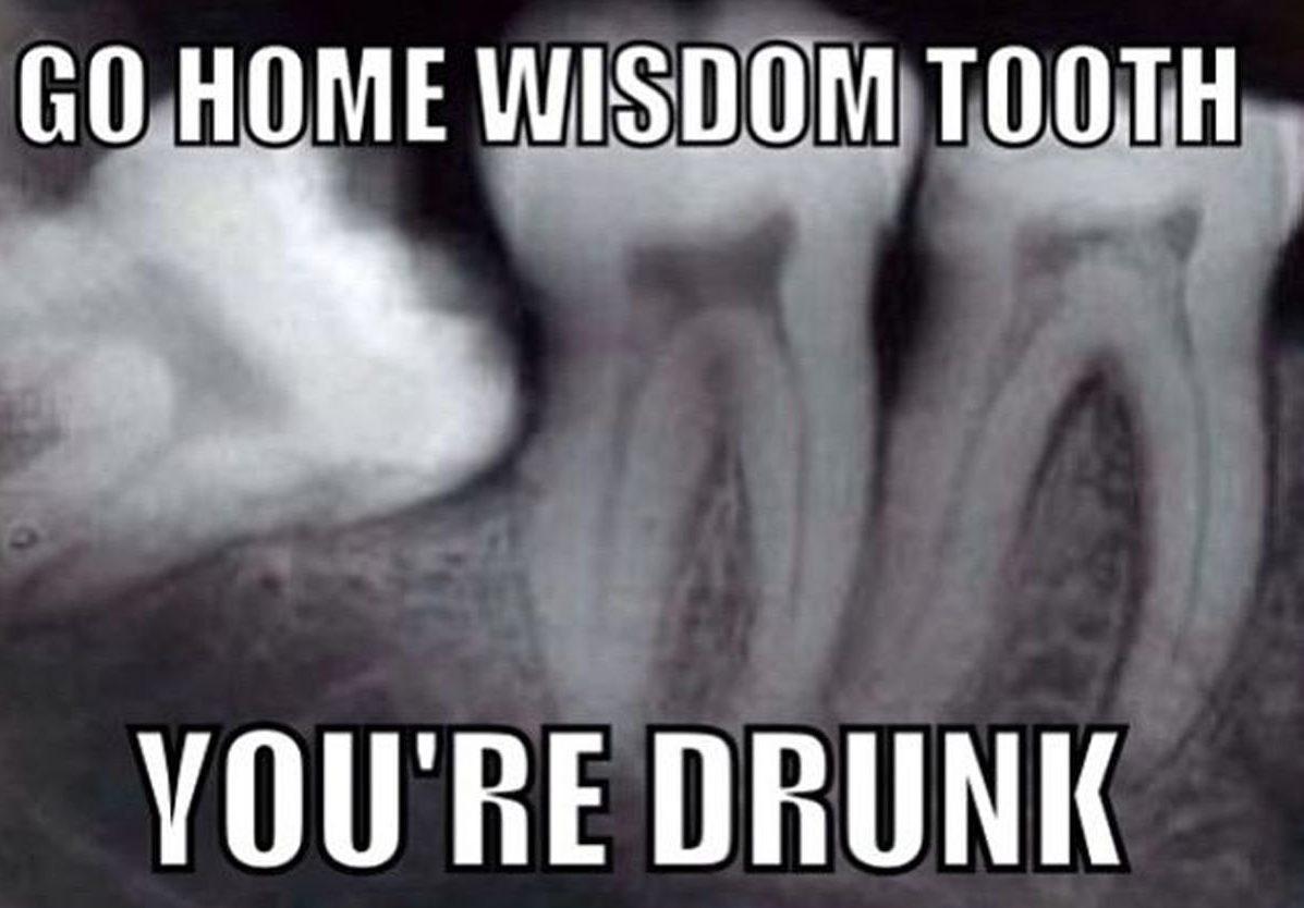 SAM nori, kad jūs liktumėte be dantų